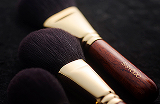 BISYODO Long : make-up brush series | UYEDA BISYODO